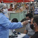Secretaria de Saúde promove ação contra Covid-19 e dengue na Rui Barbosa