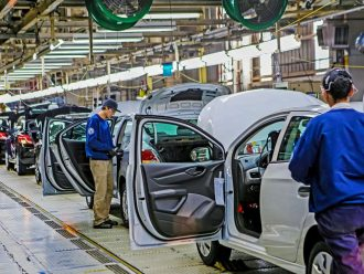 Indústria automobilística: o melhor mês de 2020