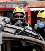 Bombeiros  recebem curso de salvamento de vítimas presas em ferragens