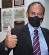 Vereador Robertinho Tavares é reeleito para o 5º mandato consecutivo