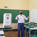 """Ajub fala em """"campanha tranquila"""" após votar na Coronel Venâncio"""