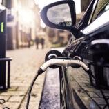 As diferenças entre um carro elétrico e um carro híbrido