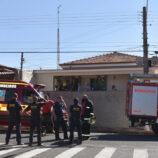 Curto-circuito em residência de idosos mobiliza bombeiros